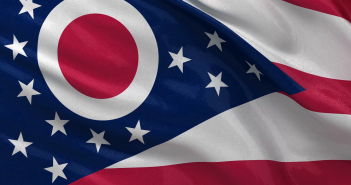 us-state-flag-of-ohio-gently-waving-in-the-wind-seamless-loop-with-high-quality-fabric-material_xk0hhhjy__F0000